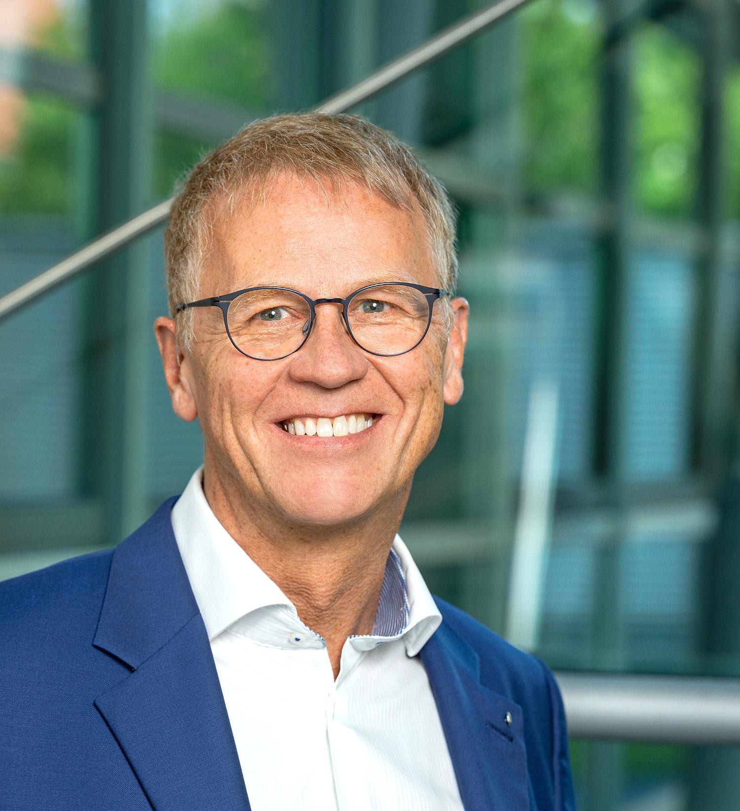 Dieter Roas, Leider des Geschäftsfeldes Fördertechnik beim TÜV Süd